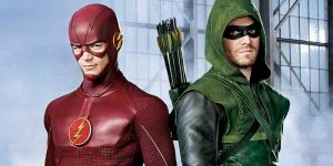 Flash-Grant-Gustin-and-Green-Arrow-Stephen-Amell-in-Costume