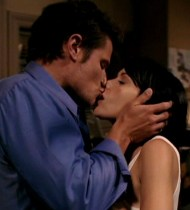charmed phoebe kiss leslie