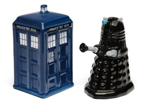 doctor-who-salt-and-pepper-shakers-5