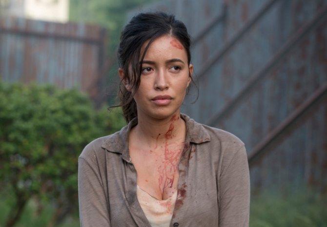 Rosita-Is-Bloody-n-The-Walking-Dead-Season-6-Episode-2-750x522-1444930826
