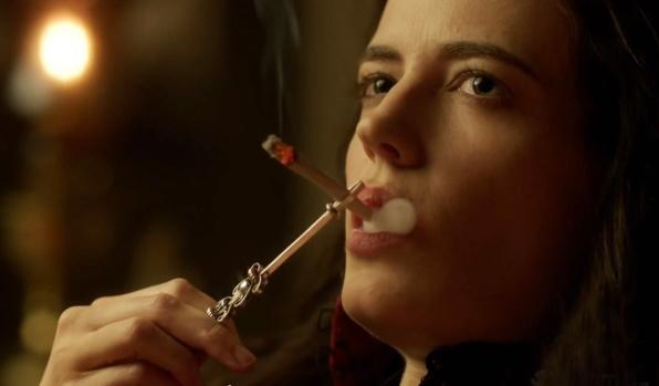 PD Vanessa smokes