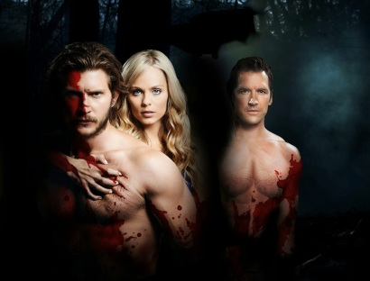 "Greyston Holt as Clayton Danvers, Laura Vandervoort as Elana Michaels, and Paul Greene as Phillip McAdams in ""Bitten'"