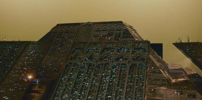 Tyrell-Corporation_facade_Blade-Runner_1982